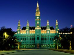 City_Hall_Vienna_Austria.jpg